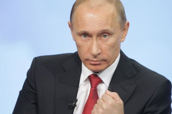Putyin rossz szemmel nézi a NATO keleti nyitását