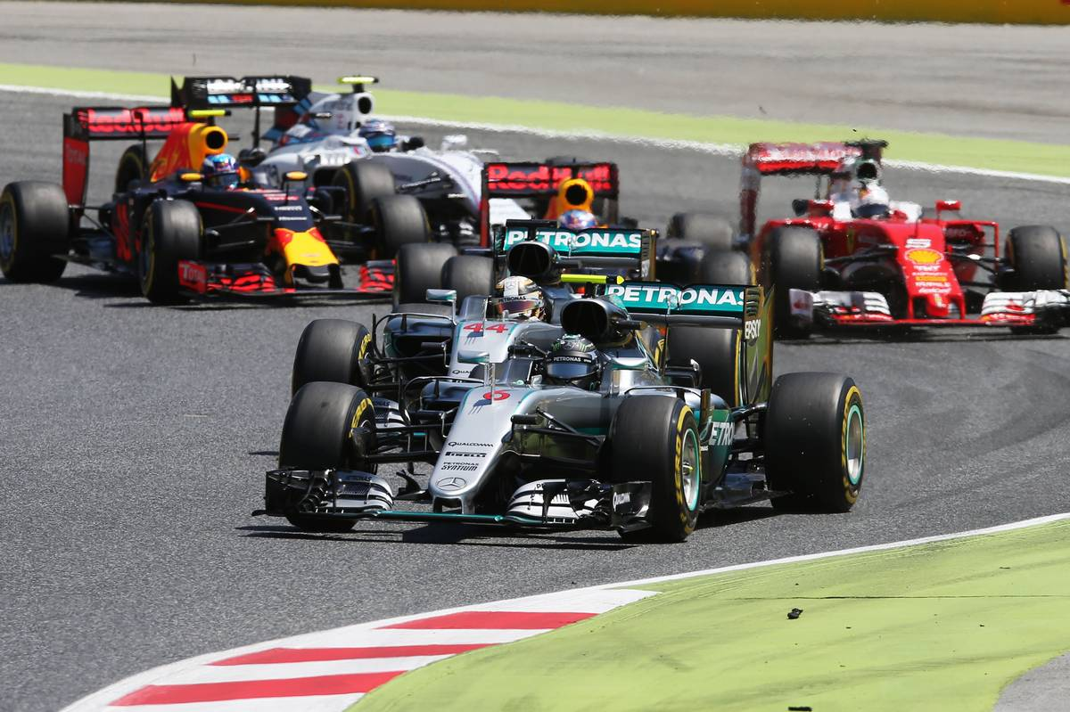 Nico Rosberg (GER) Mercedes AMG F1 W07 Hybrid leads team mate Lewis Hamilton (GBR) Mercedes AMG F1 W07 Hybrid at the start of the race. 15.05.2016. Formula 1 World Championship, Rd 5, Spanish Grand Prix, Barcelona, Spain, Race Day. - www.xpbimages.com, EMail: requests@xpbimages.com - copy of publication required for printed pictures. Every used picture is fee-liable. © Copyright: Photo4 / XPB Images