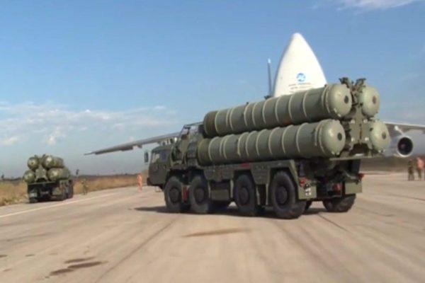 A török elnök kizárta, hogy országa lemond az orosz légvédelmi rendszerről az amerikaiért