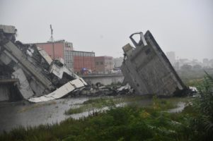 Tovább nőtt a genovai hídomlás áldozatainak száma