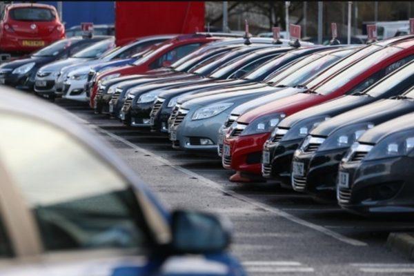 Elajándékozzák az elkobzott autókat