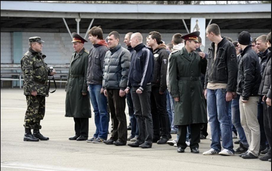 Speciális egységek keresik a katonai behívó elől bujkáló sorköteleseket Kárpátalján