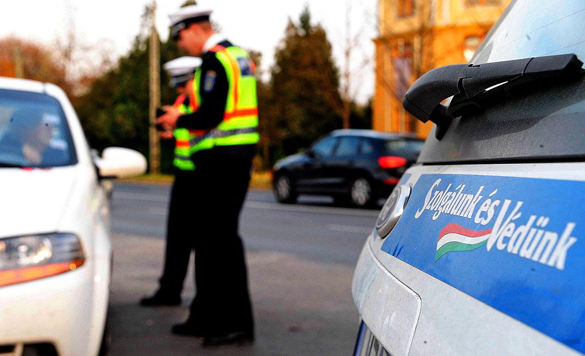 Az Operatív Törzs fokozott ellenőrzésre kérte a rendőrséget