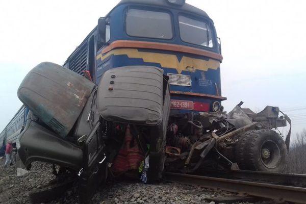 Halálos kimenetelű vonatbaleset Técsőnél