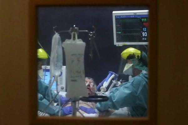 Koronavírus - Ukrán orvoscsoport utazik Olaszországba