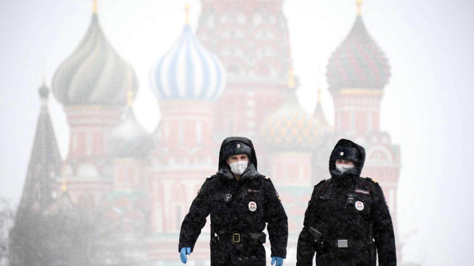 Moszkvában mobil app figyeli majd a fertőzöttek mozgását, az utcára lépéshez mindenkinek QR-kód kell