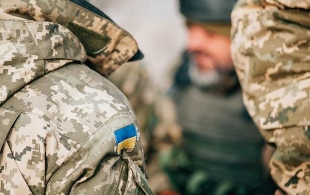 Zelenszkij növelné a hadsereg létszámát
